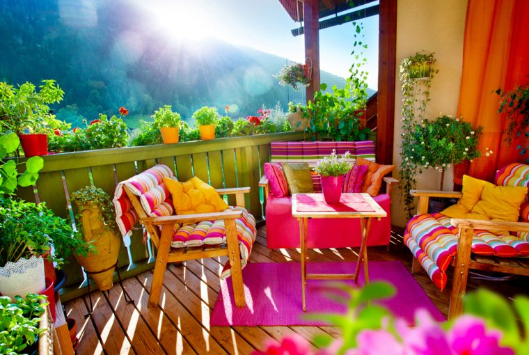Design Trends To Make Your Garden Pop This Summer