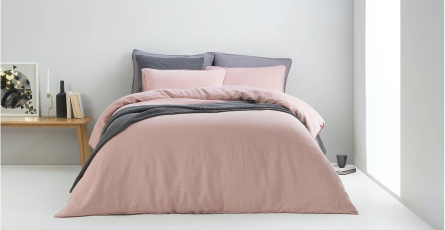 Blush pink bedding set
