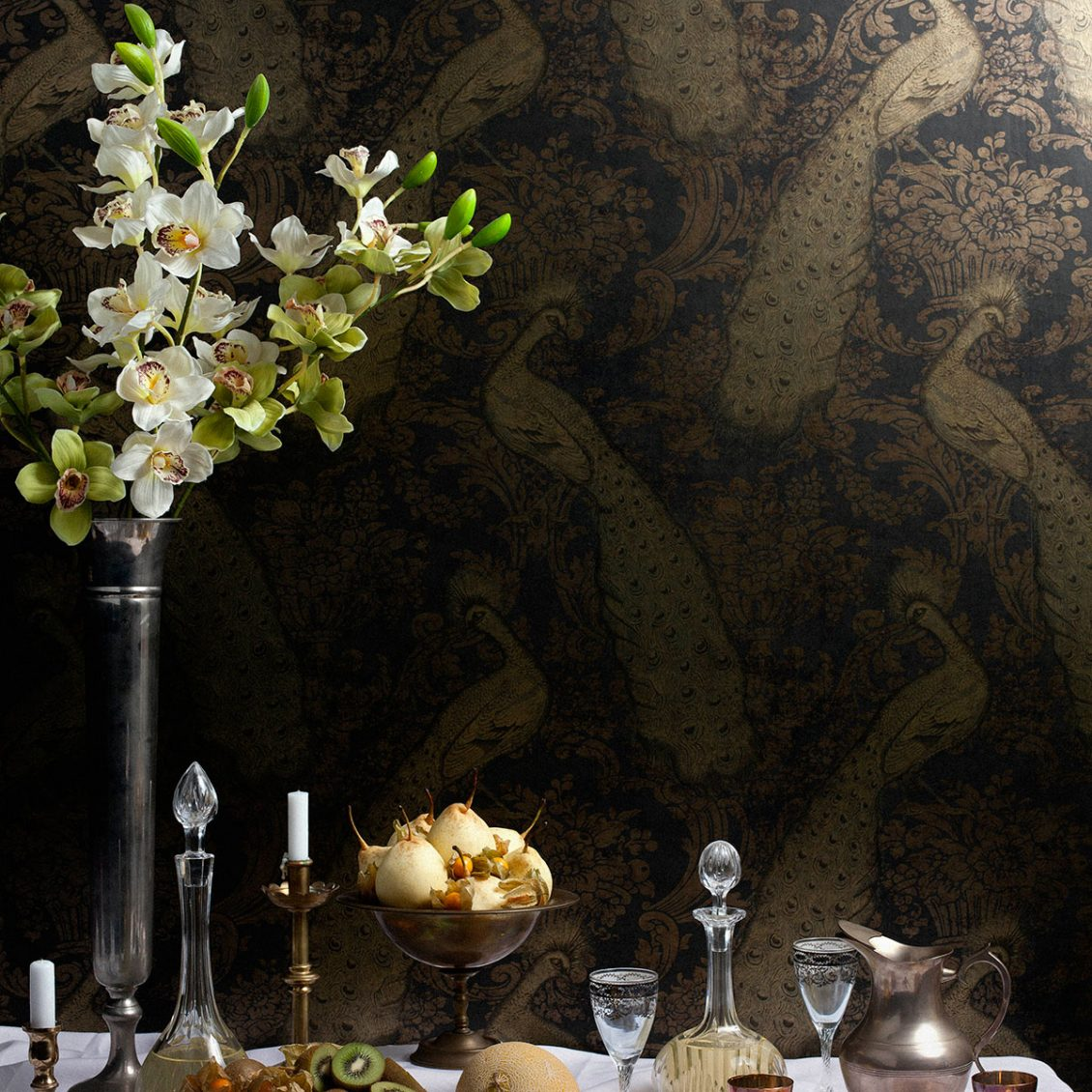 Key Interior Decor Trends For Winter 2018/2019 - Image Via Cole & Son - Byron Wallpaper, Gold.