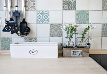 Tip #1 - Kitchen Tiles