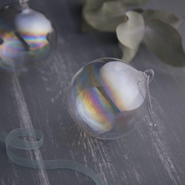 Soap bubble baubles