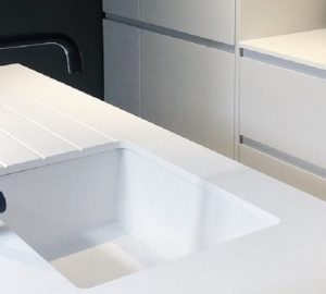Unistone Bianco Assoluto London Worktop - Image Via Via mkwsurfaces.co.uk