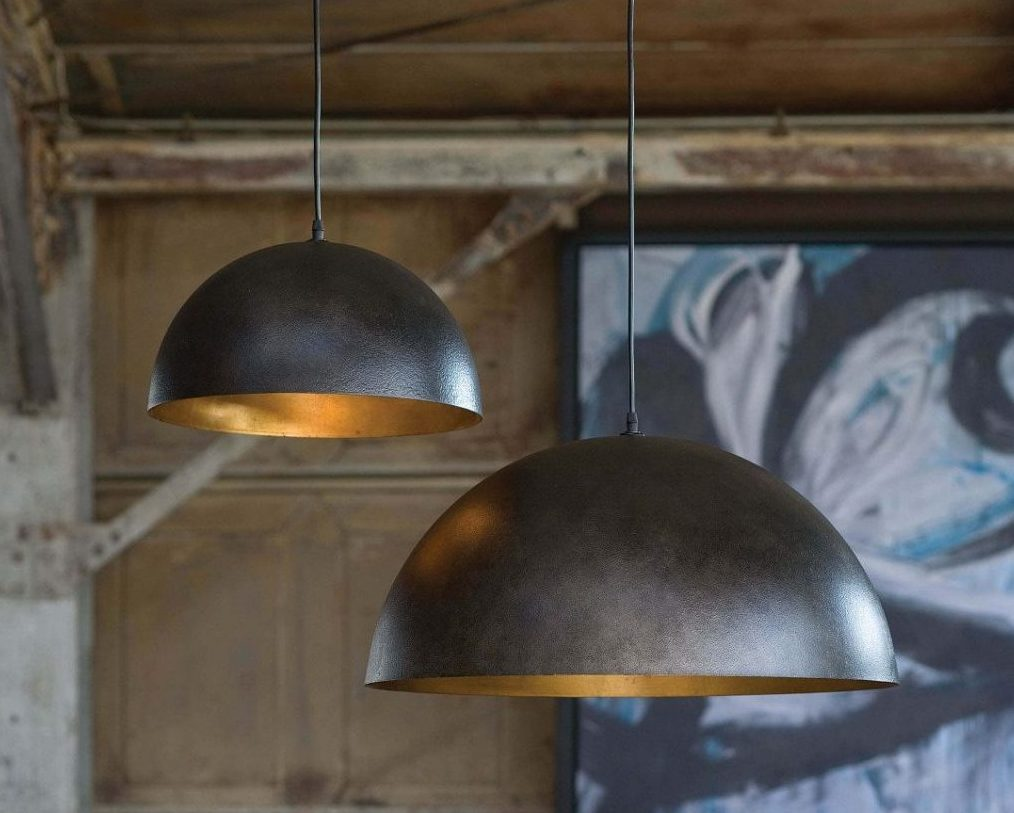 How The Right Lighting Can Enhance Your Interior And Exterior Design - Regina Andrew Design Sigmund Pendant Small