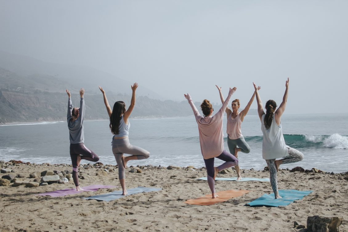 6 Reasons To Go On A Yoga Retreat