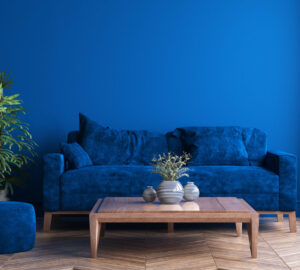 Wall and sofa in classic blue - Pantone 2020 Colour of the year