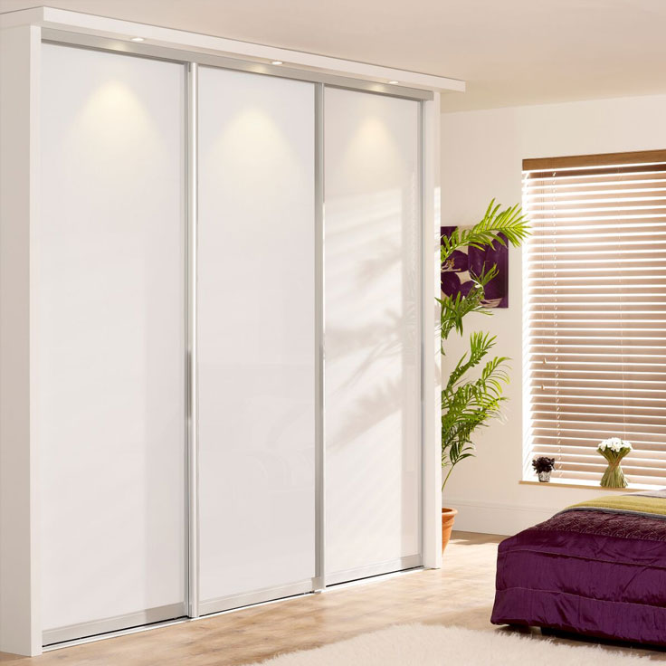 white gloss siling doors