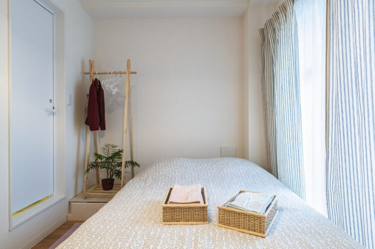 Small neutral bedroom