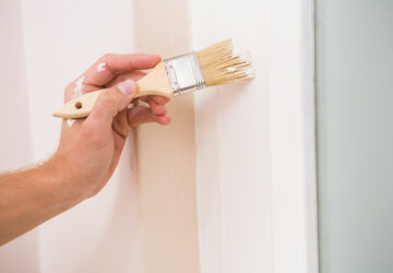 Painting door fram with white paint