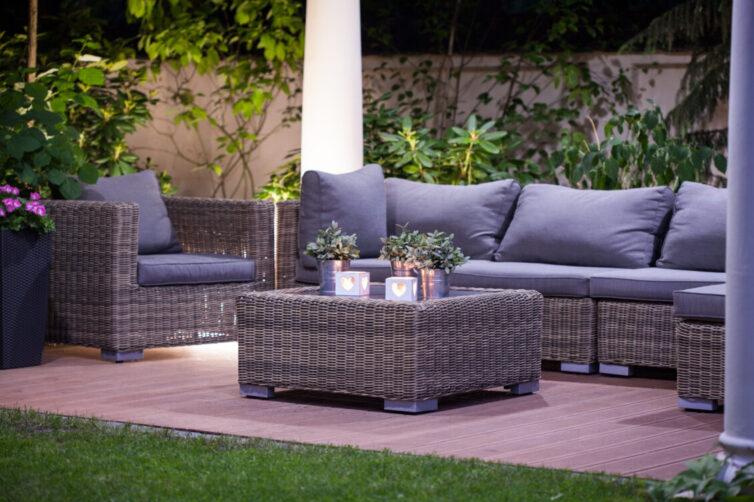 Luxurious rattan garden furniture