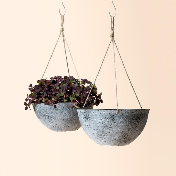 Flower Pot Garden BY La Jolie Muse